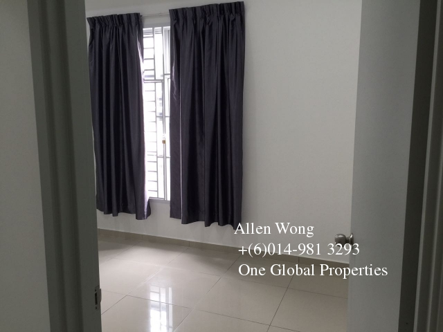 setia tropika 2 storey for rent Photo 5