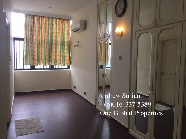 villa putra condominium penthouse Photo 3