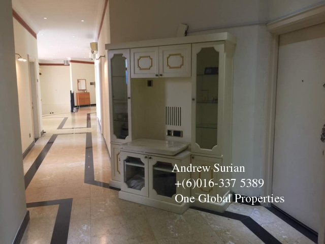 villa putra condominium penthouse Photo 6