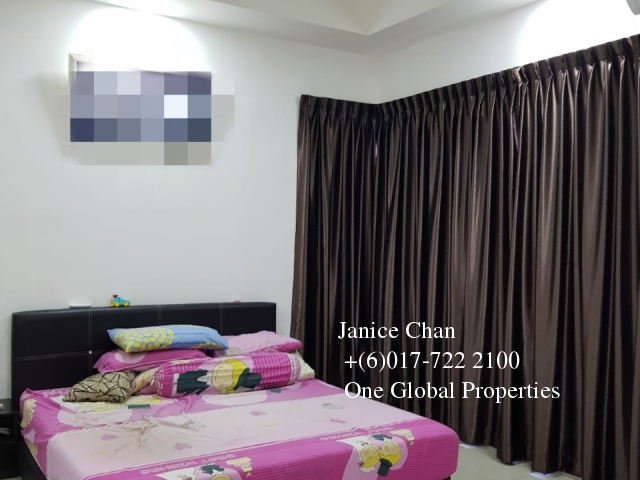 taman seri austin double storey house Photo 5