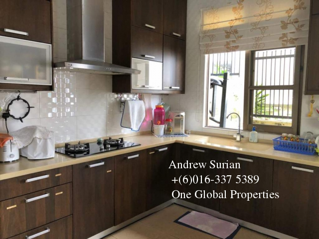 bungalow house bukit pantai Photo 2