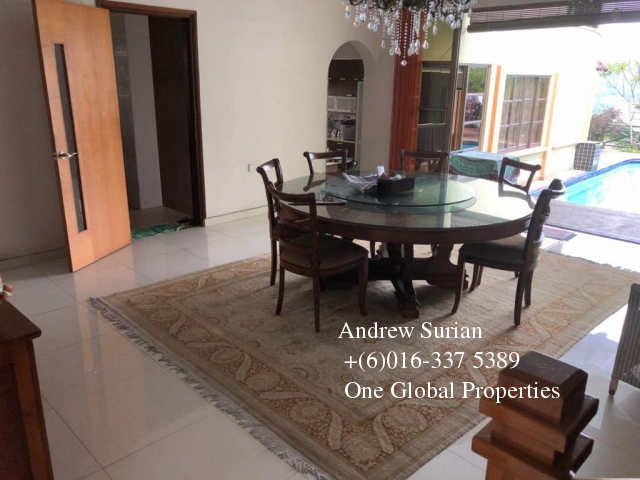 bungalow house bukit pantai Photo 3