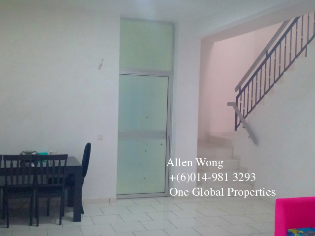 bukit indah house for rent (gated and guarded) Photo 6
